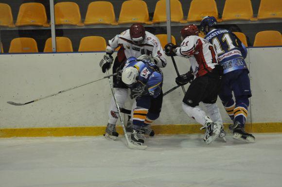 Prasidėjo Lietuvos ledo ritulio čempionatas