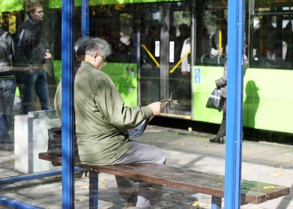 Penktadienį, spalio 1-ąją, minint Tarptautinę pagyvenusių žmonių dieną, Kauno senjorai miesto autobusais ir troleibusais galės keliauti nemokamai.