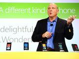 "AFP/""Scanpix"" nuotr./""Microsoft"" vadovas Steve'as Ballmeris."