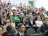 Organizatorių nuotr./Konstitucijos dieną, Vilniaus universiteto Teisės fakultete buvo įteikta Konstitucijos taurė.