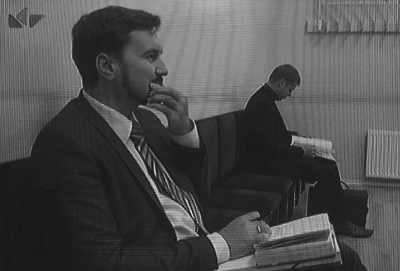LNK žinių stop kadras/G.Malčiauskas (arčiau) ir D.Kuzmickas teisme