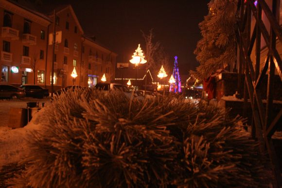 Pasidabinusi apšerkšnijusi Klaipėda laukia kalėdinio stebuklo.