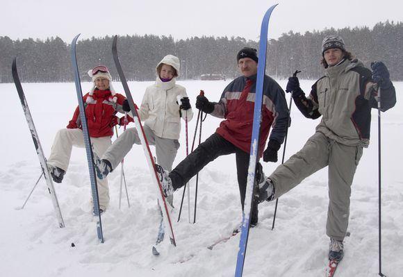Irmanto Gelūno/15min.lt nuotr./`imtai vilniečių pirmąjį 2011 metų sekmadienį stojo ant slidžių