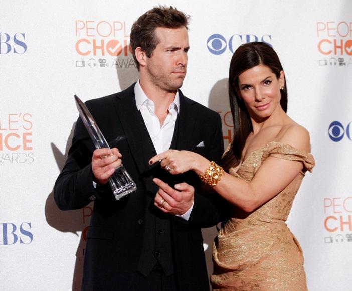 Ryanas Reynoldsas ir Sandra Bullock