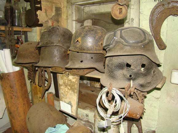 Senų ginklų ir šaudmenų arsenalas