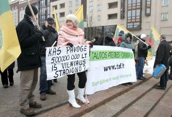 Pikete prie Seimo prisimintos 2009-ųjų riaušės