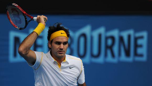 Rogeris Federeris nesunkiai įveikė pirmąjį ratą.