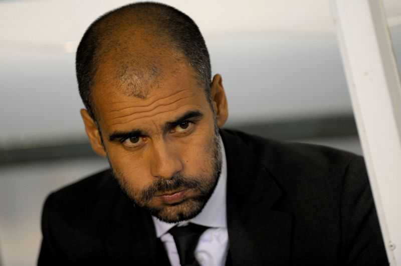 J.Guardiola paliks Barseloną?