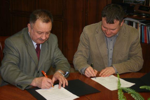Iš kairės: V.Janušonis, A.Juškėnas.