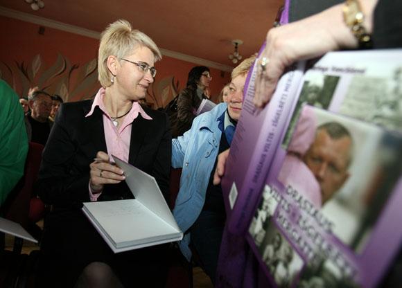 N.Venckienės knygoje – tragiška jos brolio D.Kedžio istorija, teisiniai pedofilijos bylos dokumentai.