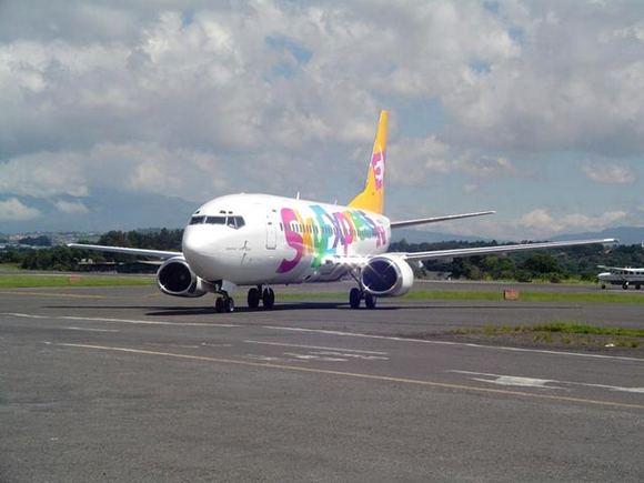 newsru.com nuotr./Keleivinis laineris Boeing-737