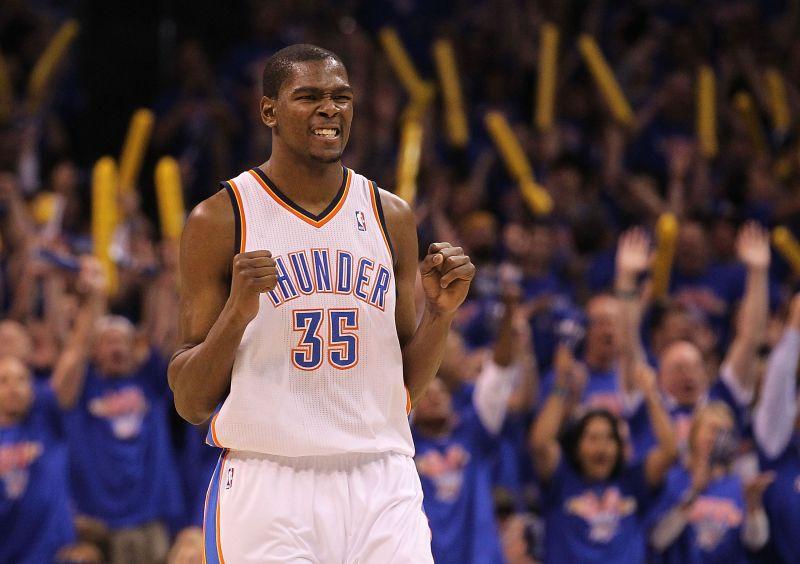 Kevinas Durantas pelnė 30 taškų