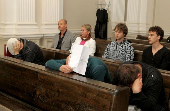 Teismas dėl ikonų vagystės