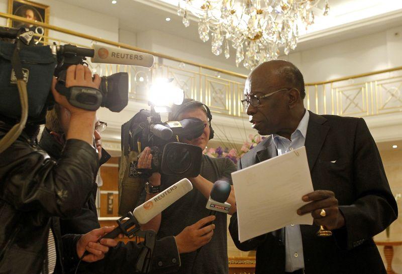 Suspenduotas FIFA viceprezidentas Jackas Warneris