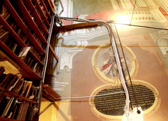 Suniokota Šv.Jurgio bažnyčios sienų tapyba tapo paveldosaugininko Rimanto Bitino atleidimo priežastimi.