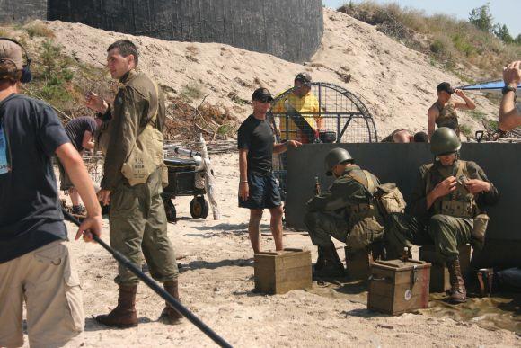 Buvę kariniai objektai pajūryje virsta meno nišomis: pernai vasarą čia filmuotas vaidybinis filmas, šiemet rengiama paroda.