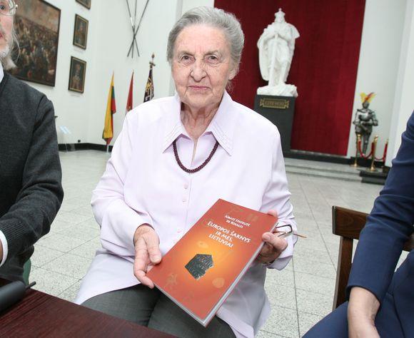 J.Statkutė-Rosales kauniečiams pristatė stulbinančių atradimų kupiną knygą apie lietuvių ir kitų baltų genčių praeitį.