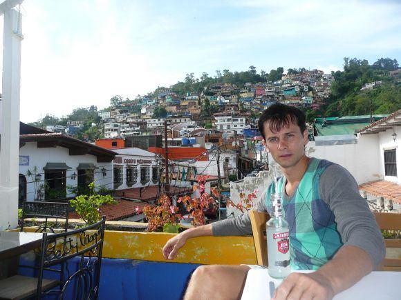 Asm. albumo nuotr./Karakasas gali pasigirti vieno moderniausių pasaulio miestų vardu, namų ir bažnyčių architektūroje vyrauja ispaniškas stilius