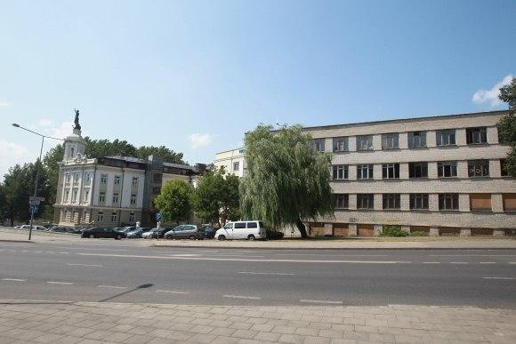 Teritorija Rinktinės gatvėje sukiršino dvi institucijas – Vilniaus savivaldybę ir Kultūros paveldo departamentą, kurios santykius aiškinasi teisme.