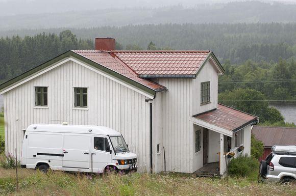 Scanpix nuotr./Įtariamajam žudikui Andersui Behringui Breivikui priklausanti ferma