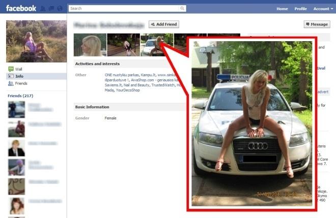 Policijos pareigūnės Facebook profilis