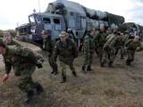 AFP/Scanpix nuotr./Mobilioji Rusijos PRG sistema S-300