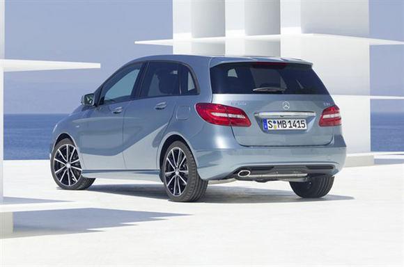 Gamintojo nuotr./Naujasis B klasės Mercedes-Benz