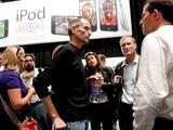 """AFP/""""Scanpix"""" nuotr./Vienas kompanijos darbuotojas yra sakęs: """"Steve'as visuomet yra protingiausias žmogus kambaryje – ir jis tai žino."""""""