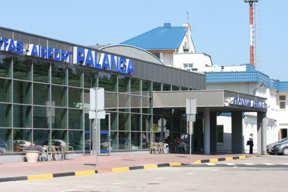 Palangos oro uostas keleivius pasitinka atsinaujinęs.