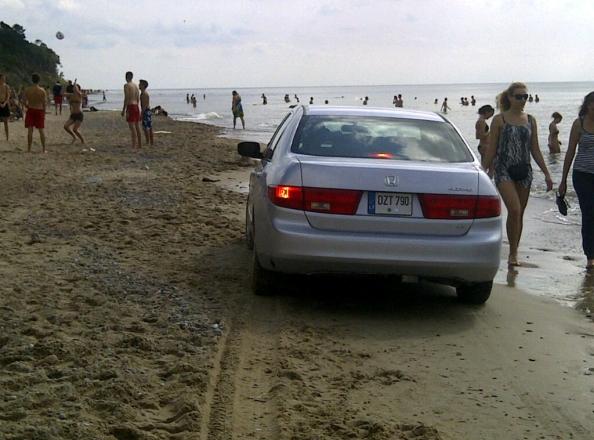 Pliaže sumąstęs pasivažinėti vairuotojas