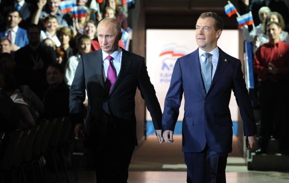 D.Medvedevas ir V.Putinas partijos suvažiavime