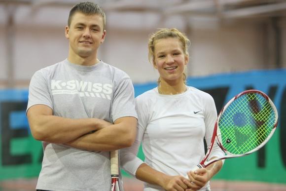 Treneris Arūnas Balžekas ir Akvilė Paražinskaitė