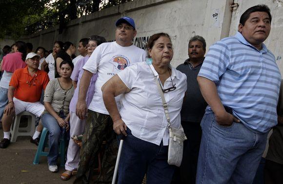 Rinkėjai laukia Nikaragvoje