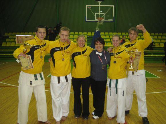 Okinaviečiai iškovojo penkis kelialiapius į jaunučių čempionatą Lenkijoje.