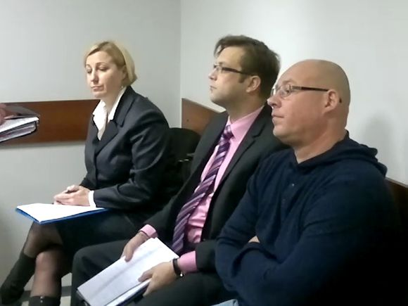 Kaltinamieji (iš kairės) Lina Andriuškevičienė, Petras Butkevičius ir Arūnas Antanaitis teisme