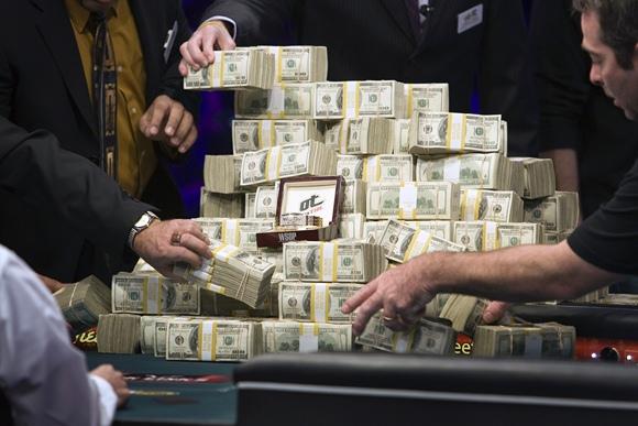 Kalnas pinigų