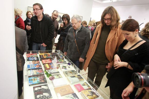 Irmanto Gelūno/15min.lt nuotr./Jurgos Ivanauskaitės parodos Jurga Ivanauskaitė (1961-2007). Sankryžos ir knygos Angelo rūbas pristatymas.
