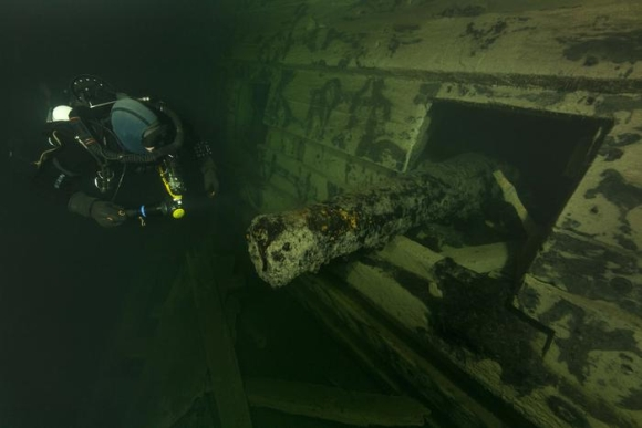 """Švedijos karo laivas """"Svärdet"""" nuskendo 1676 metais."""