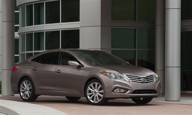 """""""Hyundai Azera"""" sedanas JAV rinkai"""