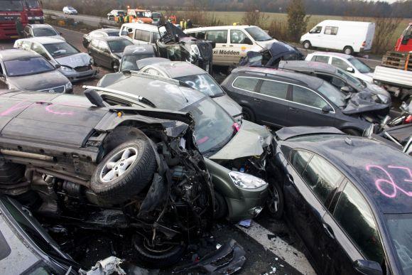 Masinė avarija Vokietijoje, netoli Miunsterio
