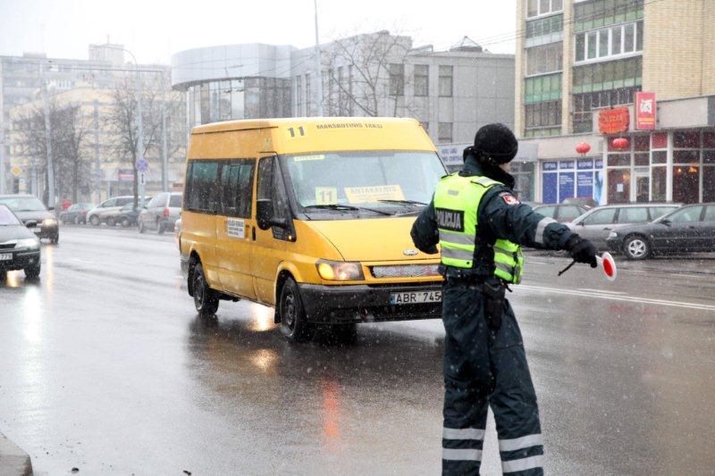 Sostinėje tikrinami maršrutiniai taksi