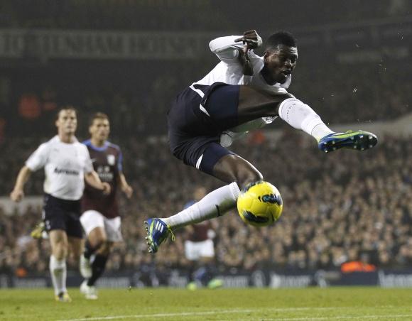 Abu įvarčius įmušė Emmanuelis Adebayoras.