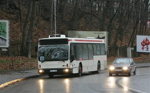 Prailginti autobusai į Parodos gatvę nepakyla.