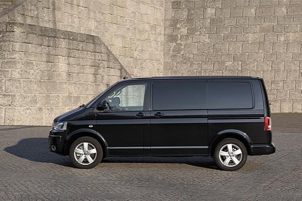 Volkswagen Multivan Business tamsintais stiklais