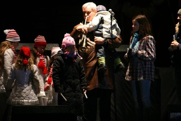 Kalėdų senelis buvo iškviestas mero Vytauto Grubliausko trimito garsais.