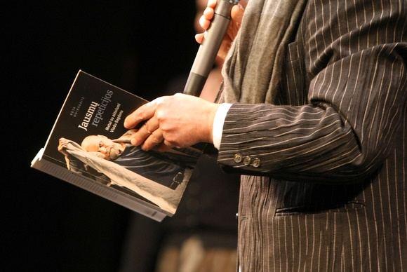 Juliaus Kalinsko/15 minučių nuotr./Rūtos Oginskaitės knygos Jausmų repeticijos pristatymo akimirka