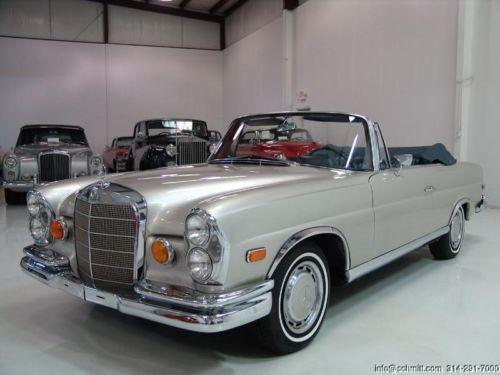 """""""Mercedes-Benz 220SE Convertible"""" iš """"Pagirių Las Vegase"""""""