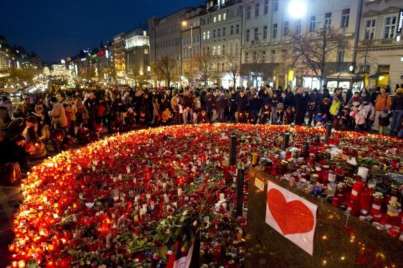 Čekai gedi buvusio šalies lyderio Vaclavo Havelo.