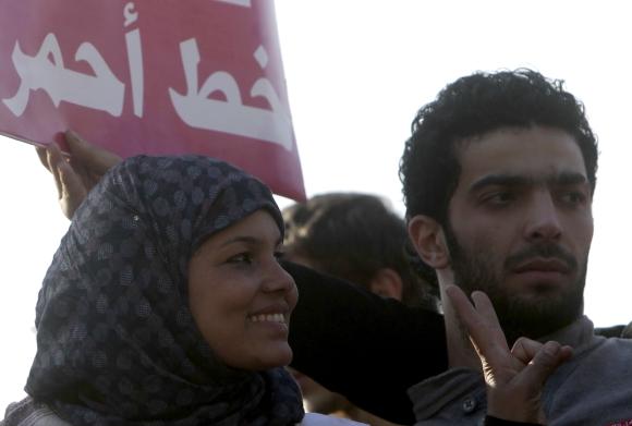 Samira Ibrahim (kairėje)