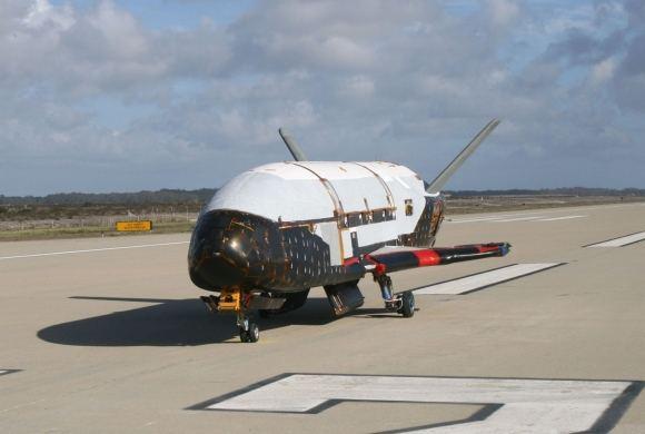Scanpix nuotr./JAV aiuo metu turi paslaptingą erdvėlaivį-anipą X-37B